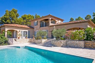 luxe villa 39 s en vakantiehuizen zuid frankrijk villasud luxe vakantievilla 39 s. Black Bedroom Furniture Sets. Home Design Ideas