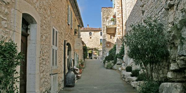 Smalle straatjes in Gourdon