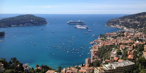 Uitzicht op Nice vanaf corniche